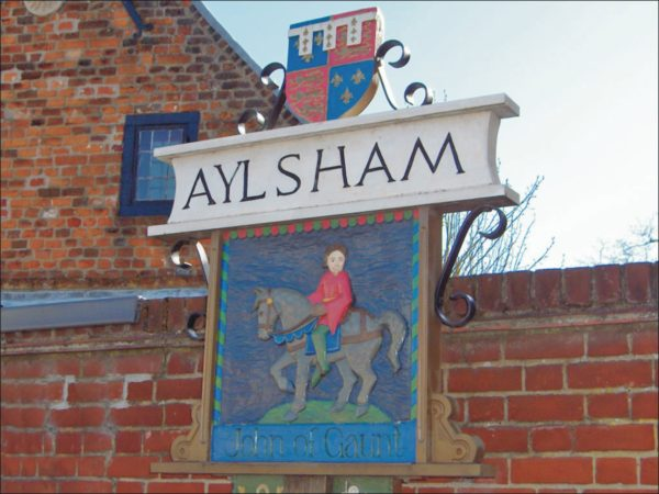 Aylsham Town sign normal